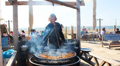 bbq-in-scheveningen-at-beachclub-copacabana