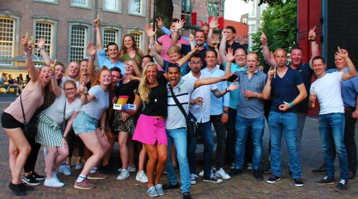 group-outing-scheveningen-pub crawl